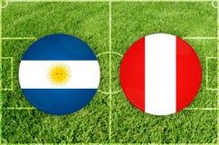 L'Argentine contre le match de football du Pérou photos stock