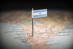 L'Argentine a identifié par un drapeau sur la carte images stock