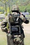 L'armure japonaise a épaulé un émetteur-récepteur Photographie stock libre de droits