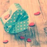 L'arrangement de Valentine avec le présent Images libres de droits