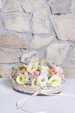 L'arrangement floral avec l'eustoma, rose et l'oeillet fleurit Photo libre de droits