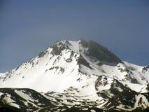 L'arrivée du ressort et de la fonte de la neige amasse Image libre de droits
