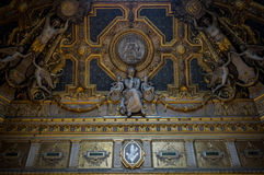 L'art dans le musée de Louvre, Paris, France photographie stock libre de droits