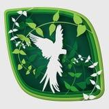 L'art de papier découpent à l'oiseau sur la branche d'arbre dans la forêt la nuit, nature de concept d'origami photo stock