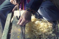 L'artisanat amincit la fabrication en bambou de rayures Image stock