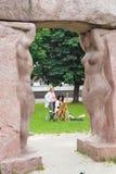 L'artiste crée sur en plein air Kaliningrad Images libres de droits