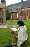 L'artiste crée sur en plein air Kaliningrad Photo libre de droits