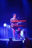 L'artiste de clavier d'Okean Elxy à un concert à Helsinki Photo stock