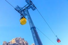 L'ascensore della gondola Stazione sciistica di Selva di Val Gardena, Italia Immagini Stock Libere da Diritti