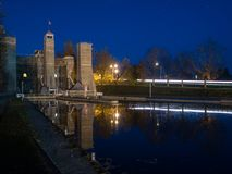 L'ascensore di Peterborough chiude Trent Severn Waterway At Dusk a chiave fotografie stock