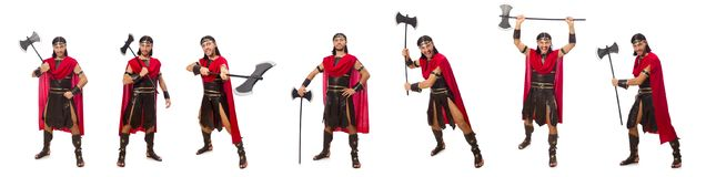 L'ascia della tenuta del gladiatore isolata su bianco Immagini Stock Libere da Diritti