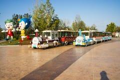 L'Asia Cina, Wuqing, Tientsin, Expo verde, treno turistico, mascotte del fumetto Immagini Stock Libere da Diritti