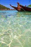 L'Asia la barca Tailandia di kho della baia ed ancora galleggiante di mar Cinese meridionale Fotografie Stock Libere da Diritti