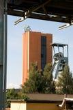 L'asse funzionale della miniera di carbone ha nominato il CSM con una torre di estrazione mineraria fotografie stock
