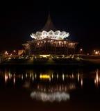 l'Assemblée législative Buildin d'état neuf de Sarawak Image stock