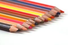 L'assortiment des crayons colorés/a coloré la couleur de crayons de dessin Images libres de droits