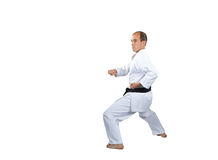 L'atleta in karategi sta preparando la tecnica di karatè Fotografia Stock
