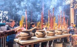 L'atmosphère animée de ressort au temple Photo libre de droits