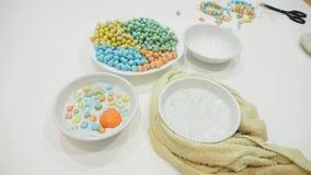 L'attività tailandese di hobby di creatività del dessert è perle del riso appiccicoso in c immagini stock libere da diritti