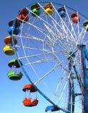 L'attraction est la roue de la revue Photos stock
