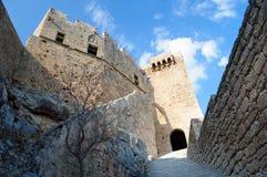 L'attrazione principale di Lindos è l'acropoli antica, Grecia fotografia stock libera da diritti