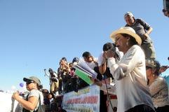 L'attrice Ofelia Medina parla durante la protesta Immagini Stock Libere da Diritti