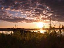 L'aube du pêcheur photos libres de droits