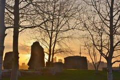 L'aube silhouette l'horizon de Sheldon Lookout Toronto Photo stock