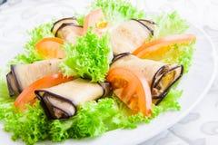 L'aubergine roule avec des noix Photographie stock