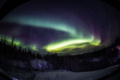 L'aurore dans le Canada de Yellowknife images libres de droits