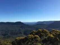 L'Australia - bella vista della natura con le montagne, il mare ed i cieli Fotografie Stock Libere da Diritti