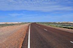L'Australia, Coober Pedy, strada principale di Stuart immagini stock libere da diritti