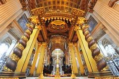 L'autel de la cathédrale de Paul de saint, Londres Photos libres de droits