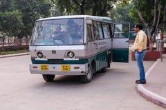 L'autobus de l'électricité dans l'Inde Image libre de droits