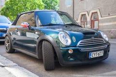L'automobile convertibile di MINI Cooper S è parcheggiata Fotografia Stock