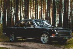 L'automobile dei periodi sovietici Fotografia Stock Libera da Diritti