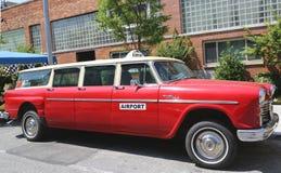 L'automobile 1967 di Aerobus A12 del controllore ha prodotto dal Checker Motors Corporation Fotografie Stock