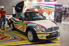 L'automobile di Mini Cooper S Cabrio nell'Expo 2012 del croco Immagine Stock