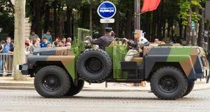 L'automobile militare di comandante della parata di giorno di Bastille, Parigi, Fra Immagini Stock