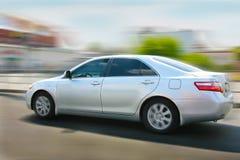 L'automobile si muove per la velocità Fotografia Stock Libera da Diritti