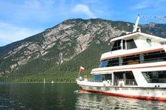 L'Autriche : L'inTirol d'Achencruise de lac est une attraction touristique image stock