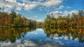 L'autunno sta venendo immagini stock