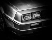 L'avant d'une rétro voiture de sport photographie stock