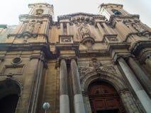 L'avant de l'église paroissiale collégiale du naufrage du ` s de St Paul en capitale de Malte - La Valette Images stock