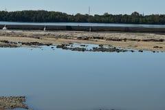 L'avant de vue de rivière le parc tombe l'Ohio Photo libre de droits