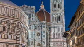 L'avant du jour de Santa Maria del Fiore de Di de basilique au timelapse de nuit est le Duomo d'église de cathédrale dont banque de vidéos