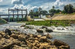 L'avant du paysage de barrage Photo libre de droits