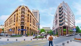 L'avenue moderne à Erevan Photographie stock libre de droits