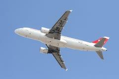 L'avion décolle Photo stock