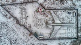 L'avion est garé dans la forêt en hiver HDR Photographie stock